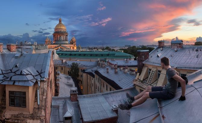 Как легально попасть на крыши в Санкт-Петербурге? Топ-3 экскурсии