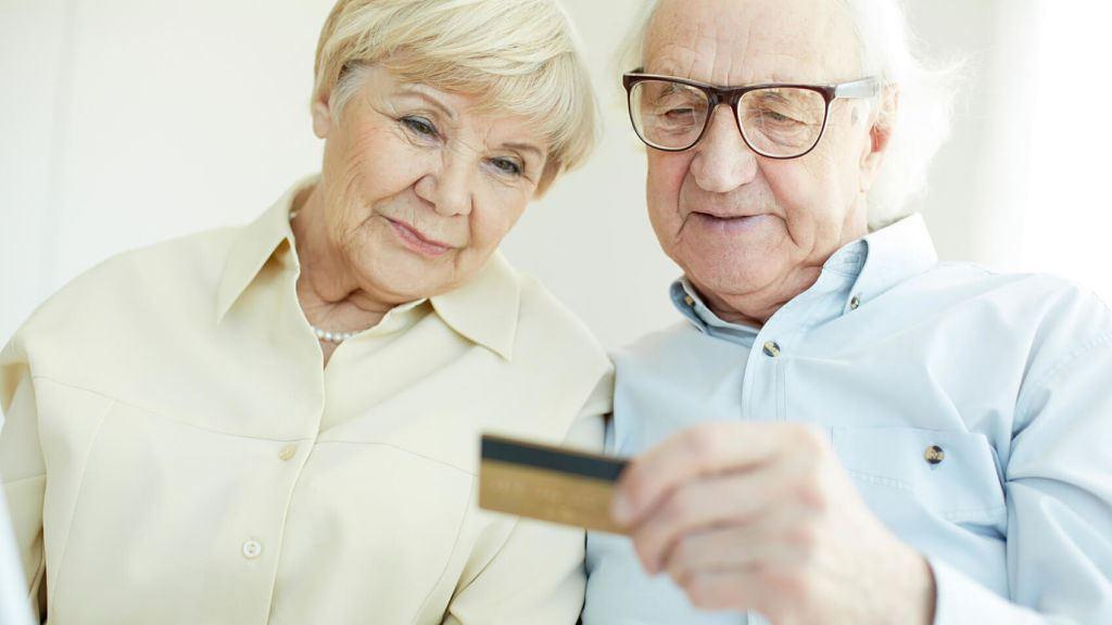 Как получать и перевести пенсию на карту Тинькофф Блэк